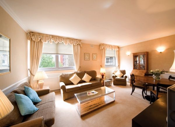 Properties Holiday Accommodation 2 Bedroom Apartments In London RegentSu