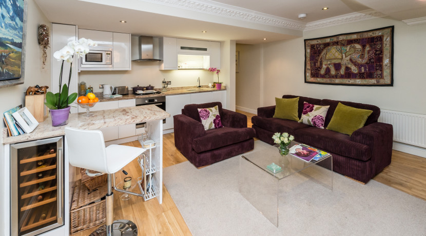 Cambridge Street Livingroom-001-1