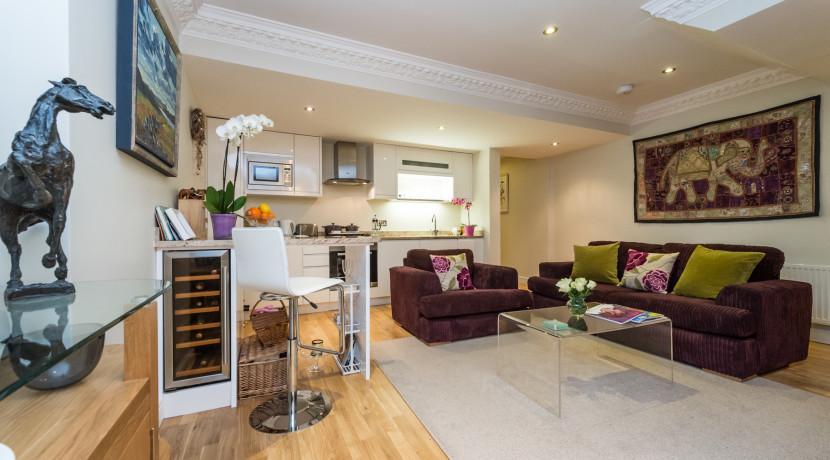 Cambridge Street Livingroom-003-3