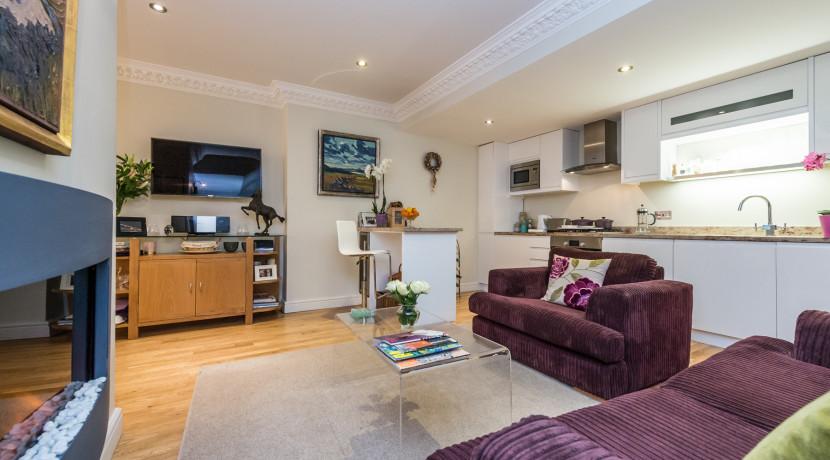 Cambridge Street Livingroom-005-5